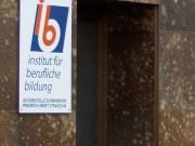 ibb Institut für Berufliche Bildung : Firmenschild