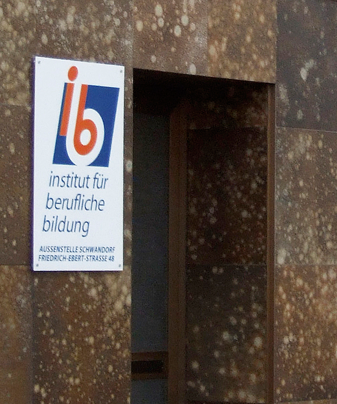 ibb · Firmenschild