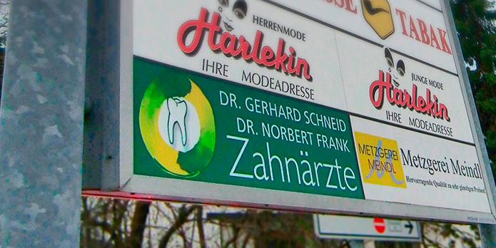 Dr. Schneid & Dr. Frank : Hinweistafel