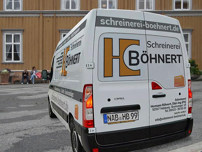 Boehnert Fahrzeugbeschriftung Heck