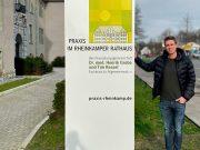 Praxis im Rheinkamper Rathaus : Pylon